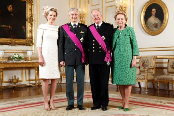 Koningin Mathilde, koning Filip, koning Albert II en koningin Paola (FOD Kanselarij van de Eerste Minister)